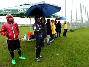 Treue Fans auch bei Sauwetter