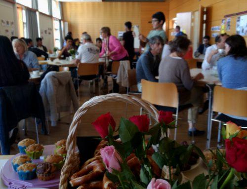 """Das """"Café Miteinander"""" am Wahlsonntag"""